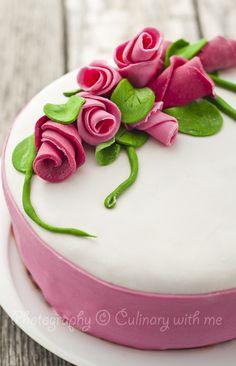 Homemade roses cake