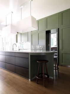 Luigi Rosselli Architects: Layers of History Australian Interior Design, Interior Design Awards, Interior Decorating, Kitchen Interior, Kitchen Decor, Green Kitchen, Kitchen Ideas, Traditional House Plans, Modern Traditional