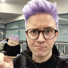 Tyler Oakley hair color