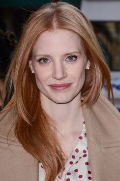 I want this!!! Jessica Chastain hair