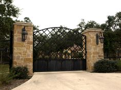 We build functional and long last gates and entrances such as drive thru gates, walk thru gates, king style ranch fences, pipe fences, game fences and more. Front Gate Design, House Gate Design, Door Gate Design, Driveway Entrance Landscaping, Driveway Gate, Fence, Front Gates, Entrance Gates, Ranch Fencing