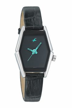 Shop2Rajahmundry.com provides Fastrack Watch to Your Loved One as to Surprise HER any Occassion.