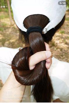 Long Silky Hair, Very Long Hair, Long Hair Cuts, Long Hair Styles, Long Hair Ponytail, Ponytail Hairstyles, Beautiful Long Hair, Beautiful Women, Anime Haircut