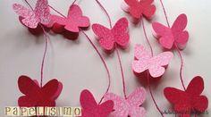 Guirnalda Mariposas de Papel Materiales:  -Cartulina de varios colores -Rotuladores para decorar las mariposas -Cuerda -Silicona caliente o pegamento para unir las partes