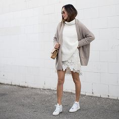 Greige Is the New Neutral Trend You're About to Obsess Over - Street Style Song Of Style, My Style, Perfect Outfit, Autumn Winter Fashion, Spring Fashion, Street Chic, Street Style, Jersey Oversize, Neutral Outfit