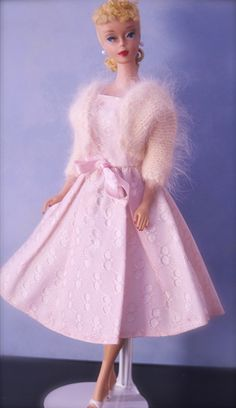 DOLLS VINTAGE BARBIE