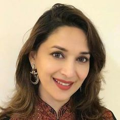 Résultat d'images pour Madhuri dixit Madhuri Dixit, Shilpa Shetty, Sonakshi Sinha, Anushka Sharma, Sushmita Sen, Preity Zinta, Karisma Kapoor, Diamond Earrings, Drop Earrings