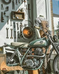 Industrial Decorating Ideas For Your Space Custom Motorcycles, Custom Bikes, Cars And Motorcycles, Yamaha Bikes, Moto Cafe, Trial Bike, Cafe Racer Motorcycle, Old Bikes, Bike Art