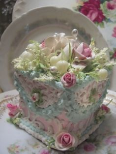 Embellished cake - small but cute.