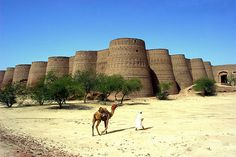 Derawar Fort in Cholistan Desert in Pakistan has 40 bastions up to 30 meters high and a circumference of 1500 meters.    Photo by Max Lozton #Derawar_Fort #Max_Lozton #Pakistan