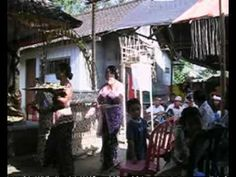 Direction #Bali avec la célébration de ce grand #anniversaire. Rejoignez ma chaîne pour découvrir davantage de vidéos d'Asie https://www.youtube.com/user/Haidaloup