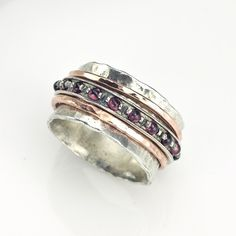 Silver Spinning Ring with Goldfilled bands and Garnet