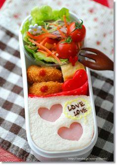 「簡単ハートのサンドイッチのおべんとう」:てしぱんさんの簡単かわいいおべんとさん:レシピブログ