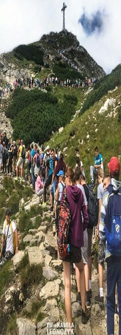 Meanwhile in Poland #Tourists - Great Giewont 1,895 m. (Tatra Mountains)