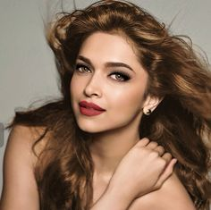 #makeupgoals #deepikapadukone #amazinglook changed makeup