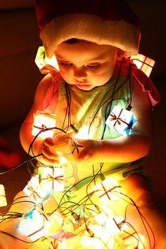 babies and christmas light photography