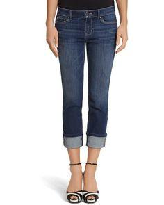 Cuando tratas de encontrar jeans que no sean pantalones capri.   32 problemas que todas las chicas altas entenderán