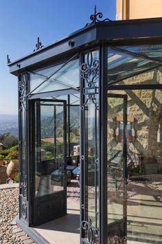 Victorian veranda [conservatory]