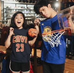Ranz and niana Ranz Kyle, Siblings Goals, Youtubers, I Am Awesome, Asian, My Favorite Things, Artist, Pictures, Women