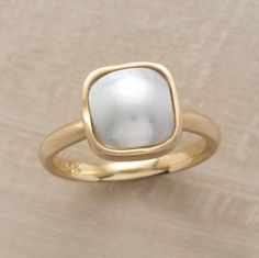 Another I'd wish. Mabe madness ring, 18kt gold & a perfect pearl... $1750