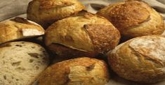 Petites brioches au yaourt – Bienmanger24h Beignets, Cookies Et Biscuits, Cooking Recipes, Bread, Galette, Pizza, Foods, Fitness, Pastry Recipe