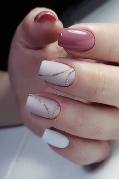 35 Simple Ideas for Wedding Nails Design - How to use nail polish? Nail polish on your friend's nails l Simple Acrylic Nails, Acrylic Nail Designs, Simple Nails, Simple Elegant Nails, Elegant Nail Art, Trendy Nail Art, Perfect Nails, Gorgeous Nails, Beautiful Nail Art