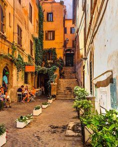 "1,553 Likes, 56 Comments - Susanna Barban (@vesusy) on Instagram: ""Rome 💚 ...#igersitalia #igerslazio #igersroma #thefullcolors #roma #whatitalyis #italy_vacations…"""