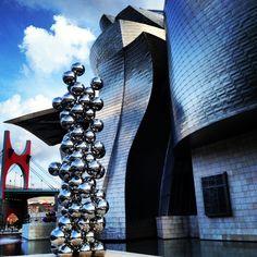 Museo Guggenheim en Bilbao. - http://sixt.info/Pinterest-Bilbao #Bilbao #Cultura