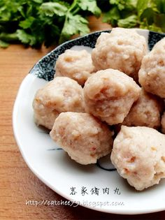只想让自己快乐~: 自制客家猪肉丸(飞丸)Pork Meat Ball