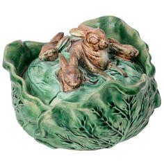 1stdibs | Antique Majolica Lidded Bowl