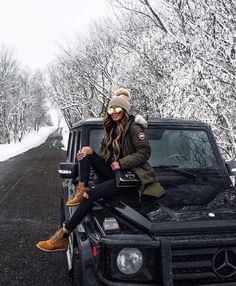 trendy winter outfits to help to level up your winter style 16 ~ my.easy-co. trendy winter outfits to help to . Winter Outfits For Teen Girls, Simple Winter Outfits, Winter Boots Outfits, Winter Dresses, Fall Outfits, Outfit Winter, Fashion Outfits, Fashion Ideas, Winter Style