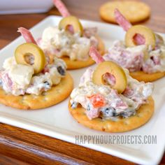 It's a cream cheese and sour cream base with real Olives from Spain and salami, making it a great choice if you're serving hors d'oeuvres rather than a full meal, and it packs all the flavor of the full-sized sandwich, on bite-sized crackers.