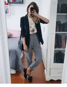11 Relaxed but professional outfits for college and work - Fashion Outfits Casual Work Outfits, Blazer Outfits, Mode Outfits, Office Outfits, Work Attire, Work Casual, Fall Outfits, Fashion Outfits, Outfit Work