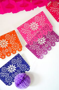 Beautiful fiesta garlands or papel picado tell everyone that a fiesta is in progress! Learn about the electronic cutting machine (such as a Cricut) and how to use SVG files to make colorful Mexican Folk Art garland designs in a flash! Mexican Birthday Parties, Kids Birthday Themes, Mexican Party Decorations, Diy Halloween Decorations, Moldes Halloween, Tissue Paper Garlands, Geek Party, Mexican Flowers, Mad Tea Parties