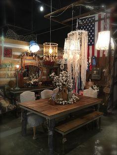 Zen Cowgirl Booth.  Altamonte, Florida #zencowgirl #atthemill #farmtable #boothcrush #reclaimedwood