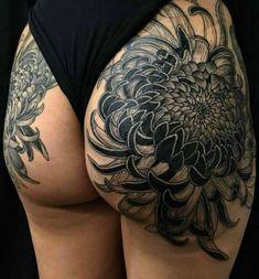 Leg Tattoos Women, Sexy Tattoos For Girls, Small Girl Tattoos, Cute Small Tattoos, Inked Girls, Hot Tattoos, Body Art Tattoos, Tattoo Passion, Upper Thigh Tattoos