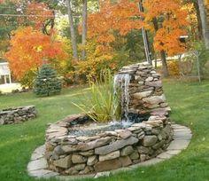 53 Relaxing Small Front Garden Design Ideas With Waterfall Backyard Water Feature, Ponds Backyard, Backyard Landscaping, Nice Backyard, Backyard Kids, Garden Ponds, Small Front Gardens, Diy Pond, Garden Waterfall