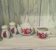Vintage ceramic Christmas sugar cream salt pepper shaker set, white porcelain Xmas sugar cream set salt pepper shakers berry floral patterns by HTArtcraftAndVintage, $39.99