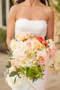 Dahlia and Rose Bouquet | photography by http://www.mikelarson.com/