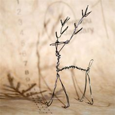 A little wire friend to share you Christmas mood with.