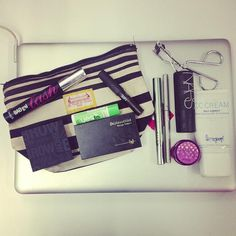 @birchbox staffer makeup bags: Sr. Social Media Manager edition.