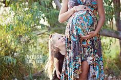 Maternity photo session with older sibling.