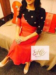 Plain Kurti Designs, Salwar Neck Designs, Kurta Neck Design, Kurta Designs Women, Dress Neck Designs, Blouse Designs, Salwar Pattern, Kurta Patterns, Chudidhar Designs