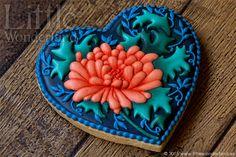 Galleta decorada con crisantemo | Chrysanthemum cookie