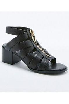 Senso - Sandales Mona noires zippées - Femme 36 https://modasto.com/senso/kadin-ayakkabi/br36828ct13 #modasto #giyim