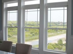 Prairie Style Windows with Transom | Viwinco OceanView Single-Hung Windows with Prairie Grids
