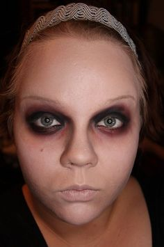 Makeup your Jangsara: Tutorial: Brain-eating zombie for Halloween (I like the eyes, not the teeth)