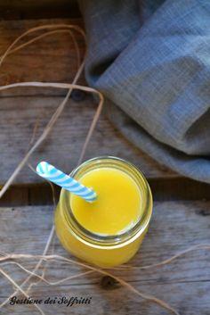 centrifugato di mela arancia e zenzero