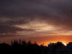 Desde las Islas Canarias  ..Fotografias  : Amanecer en San Bartolome de Tirajana Gran Canaria...