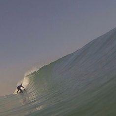 【peace.surf】さんのInstagramをピンしています。 《ワォーー #sea#surf #surfphotography  #ココは海外? #いや茨城 #記憶に残る良い波 #茨城#海#サーフィン》